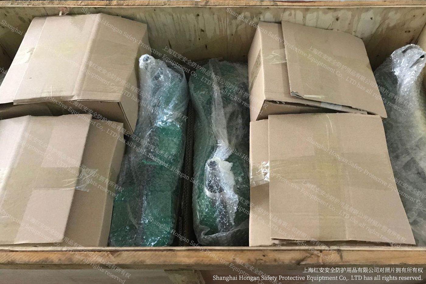厂家秀图-洗眼器木装箱&发货-上海红安洗眼器厂家