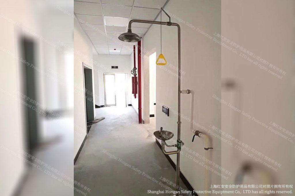 5客户秀图-洗眼器实际图片-上海红安洗眼器厂家